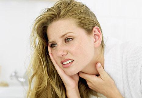 7 Rimedi naturali mal di gola: efficaci e confermati dalla scienza